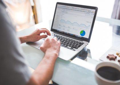 Blog Adalah Sarana Untuk Berbagi Informasi Bagi Orang Modern